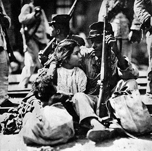 The mass migrations that took place not only included families who sought to escape the violence, but also those who were participants in the fighting. Many soldiers brought their families with them into the battlefield.
