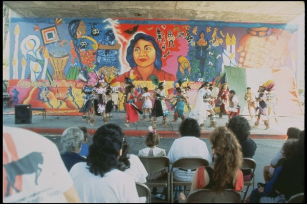 """La Ofrenda"" in the 1990s."